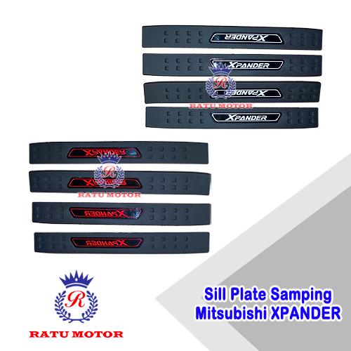 Sill Plate Samping XPANDER 2017-2019 Plastik Huruf Merah / Putih