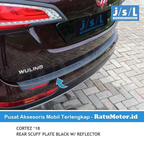 Sill Plate Belakang Wuling CORTEZ 2018-2020 Plastik Hitam + Reflektor